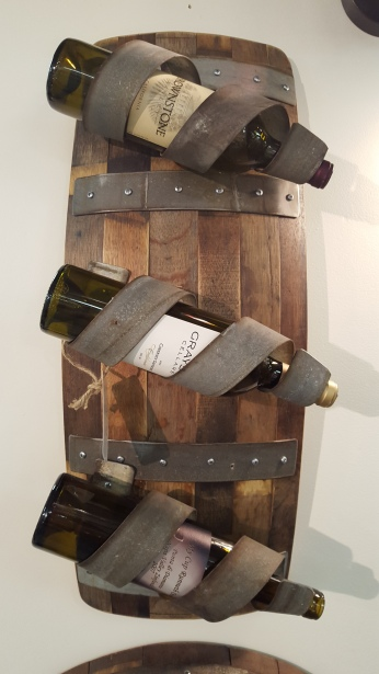 Bello Wine Rack BWR-L Hang either vertical or horizontal.